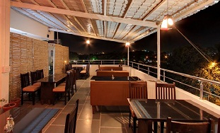 Roof Rasoi- A Multicusine Family Restaurant & Cafe